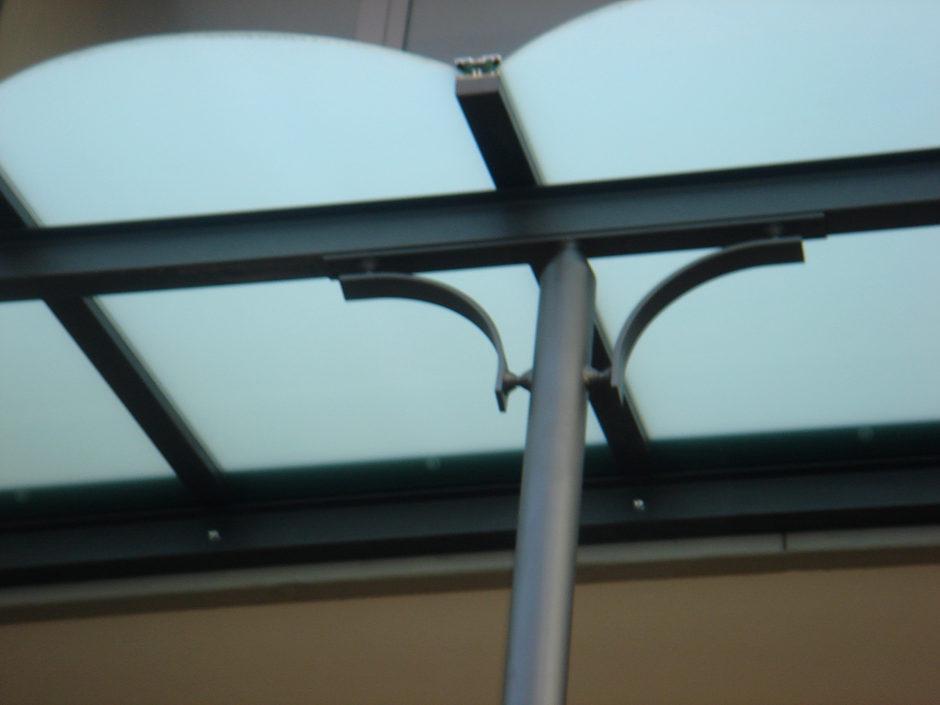 Pensiline in ferro battuto e vetro